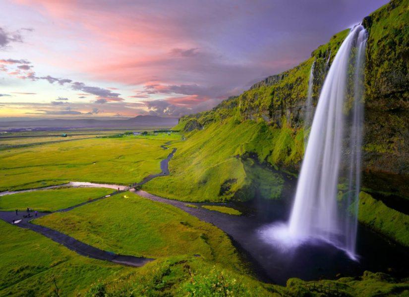 Islandreiseagenturbrandner reisen europa island wandern wasserfall sonnenuntergang